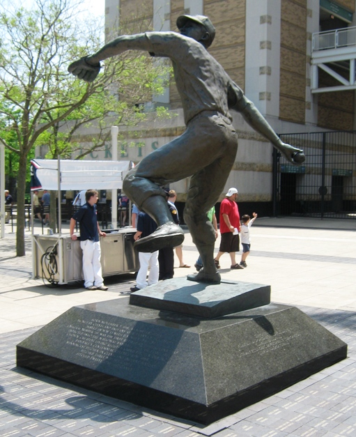 bob feller tribute statue