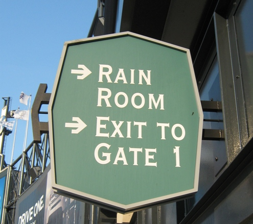 guaranteed rate field tips rain room