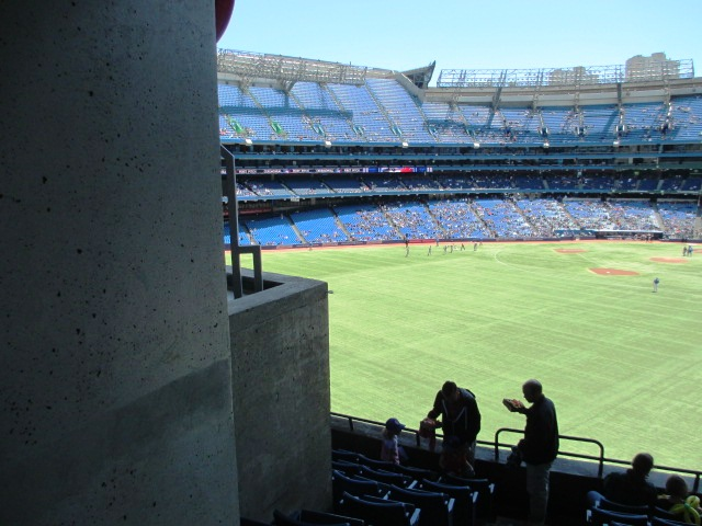 rogers centre seating 200 outfield obstructed