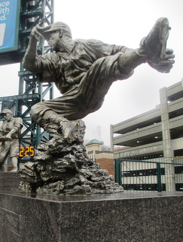 comerica park tips player statues