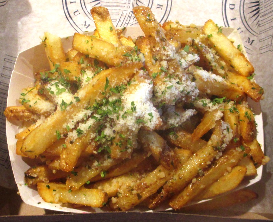 yankee stadium food garlic fries