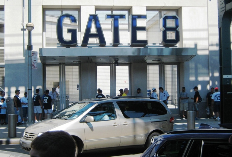 new yankee stadium gate 8