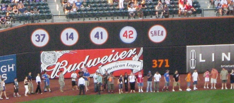 citi field dimensions left field wall