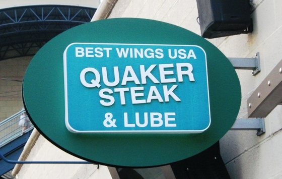 what to eat at pnc park quaker steak
