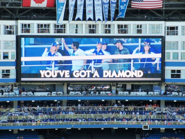 cheap blue jays tickets scoreboard diamond