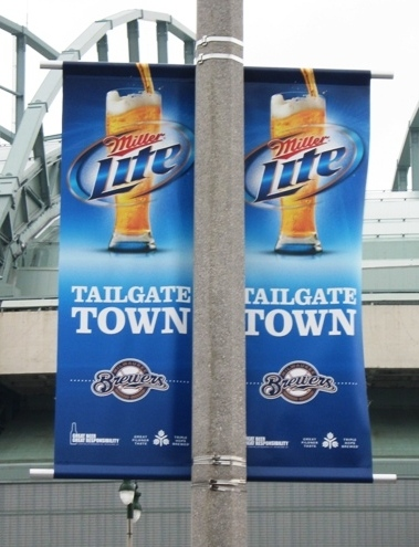 miller park tailgating tailgate town sign