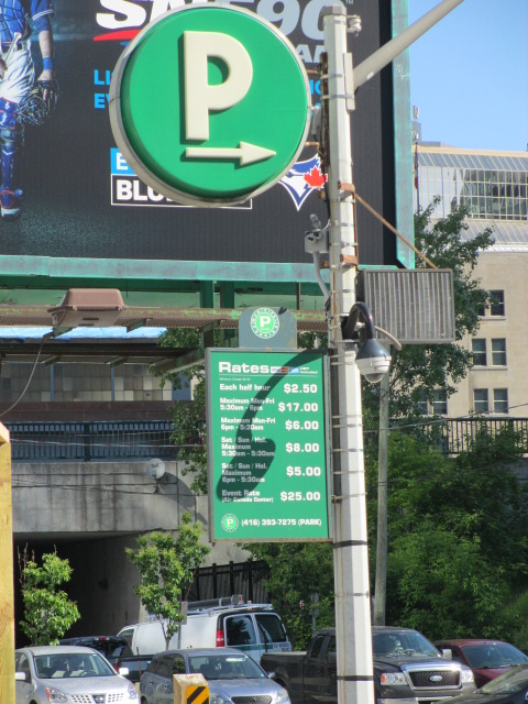 parking near rogers centre green p 10 portland
