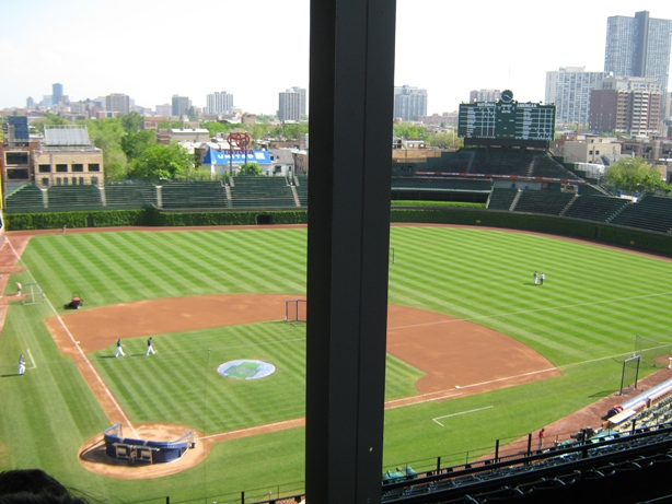 avoid obstructed views at wrigley field support pole