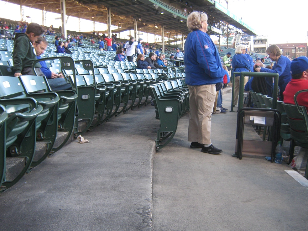 wrigley field seating lower