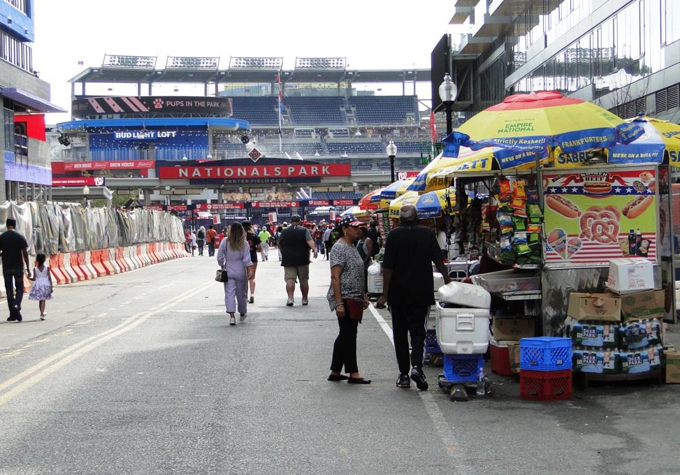 half street vendors